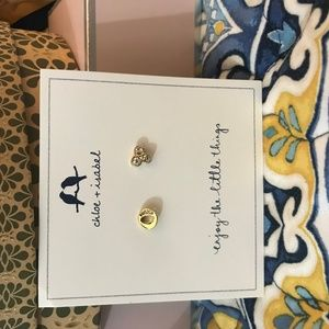 Chloe + Isabel Alphabet Mismatched Earrings